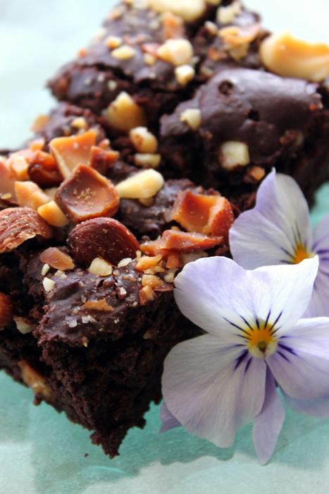 nuts-brownie1.jpg