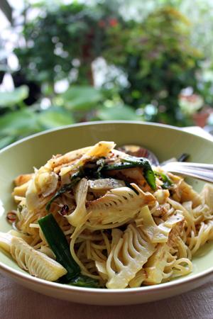 takenoko pasta.jpg